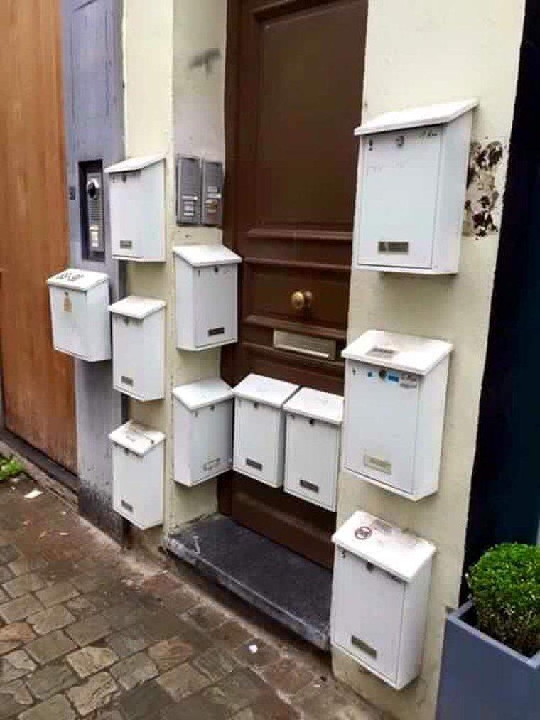 Briefkasten, Zeitungszustellung