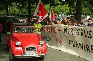 Solidarität mit Frankreich