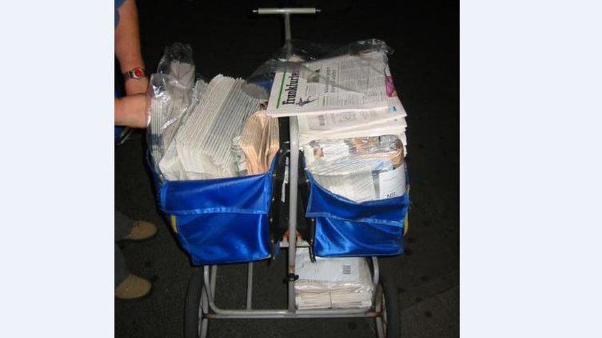Zeitungszustellung Zeitungskarre